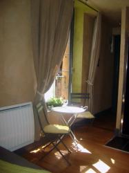 chambre d'hôtes. bed and breakfast. hotel. restaurant. Charleville-Mézières.  cabaret vert.